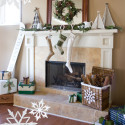 Furniture , 12 Christmas Mantel Decorating Ideas Pictures : Party-Christmas-Mantel-Decorating-Ideas