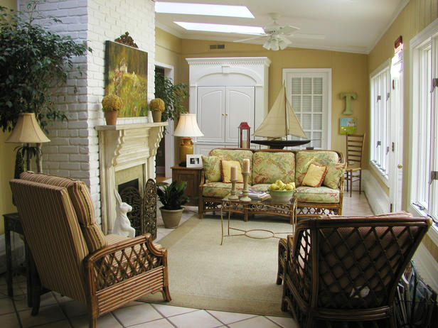 Furniture , 5 Sunroom Decorating Ideas : Patio Sunroom In Tropical Idea