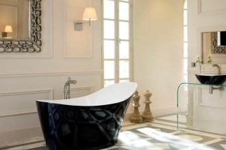 670x595px 17 Awesome Victoria And Albert Tubs Idea Picture in Bathroom