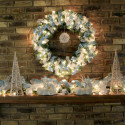Furniture , 12 Christmas Mantel Decorating Ideas Pictures : sparkling-mantel-decor