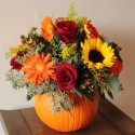 pumpkin flower centerpieces , 12 Amazing Pumpkin Centerpieces In Lightning Category