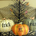 pumpkins-trickortreat-centerpieces , 12 Amazing Pumpkin Centerpieces In Lightning Category