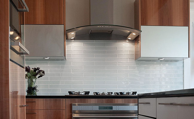 Kitchen , 7 Nice Glass Subway Tile Backsplash Ideas : Glass Subway Tile