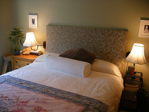 500x375px 7 Charming Homemade Bed Headboards Picture in Bedroom