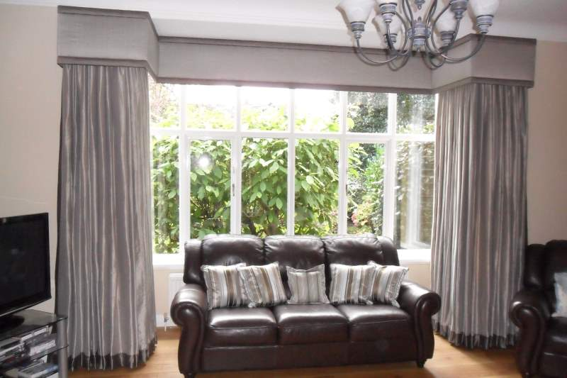 rail bay options curved curtains living for room black in window windows unbelievable rod flair pole curtain