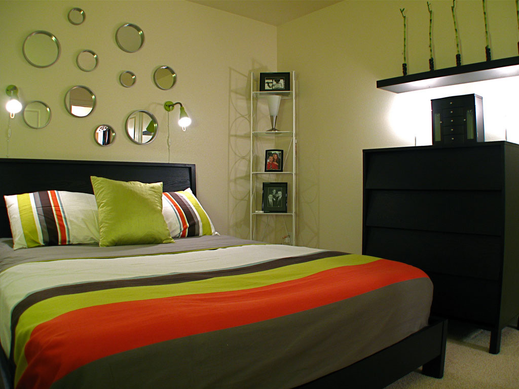 1024x768px 8 Cool Bedroom Colour Ideas Picture in Bedroom