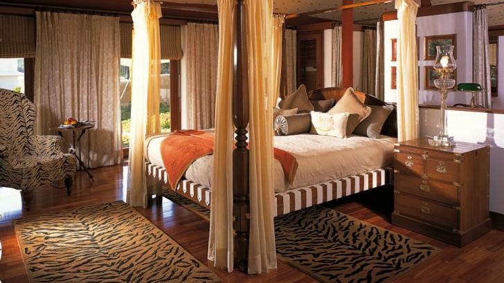 Bedroom , 10 Unique Cheetah Print Bedroom Ideas : animal print bedroom