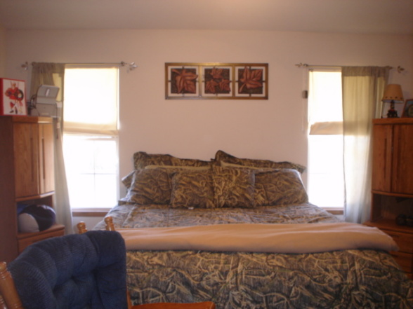 Bedroom , 9 Cool Camouflage Bedroom Decorating Ideas : master bedroom with camo feel