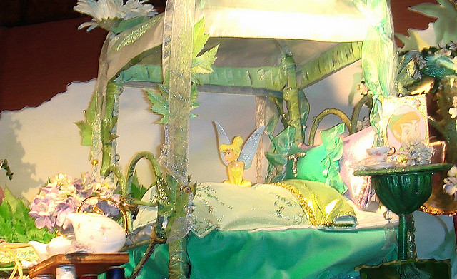 640x391px 8 Unique Tinkerbell Bedroom Decorating Ideas Picture in Bedroom