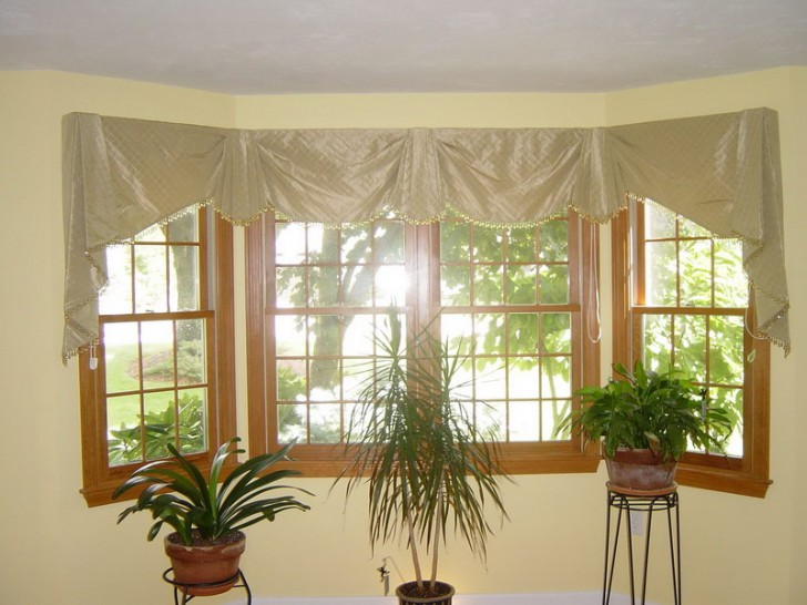 Furniture , 7 Good Valance Ideas For Bay Windows : Bay Window Valance Treatments