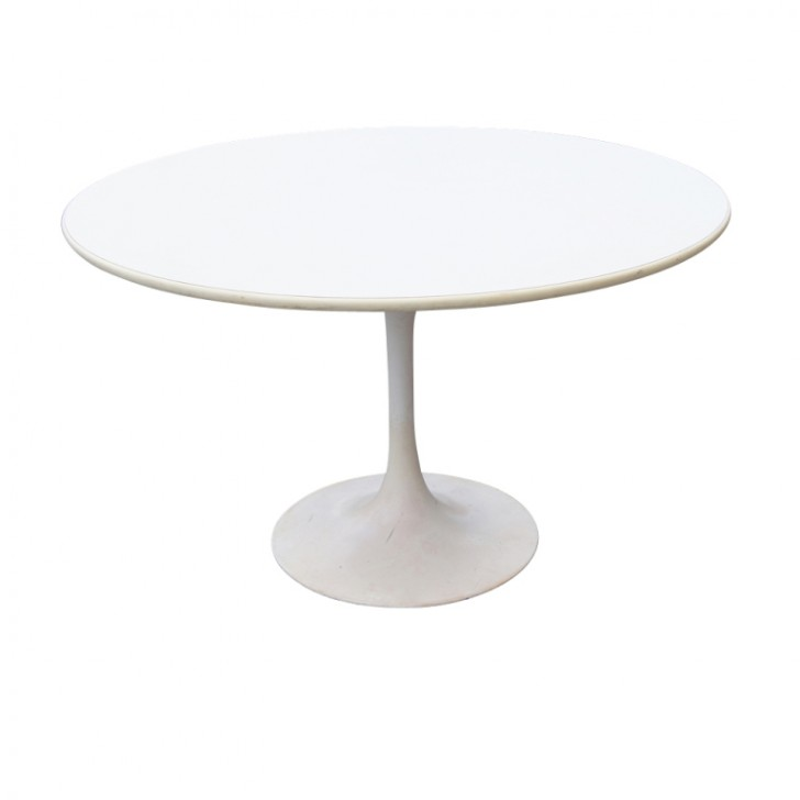 Furniture , 8 Cool Saarinen Style Dining Table :  dining room table