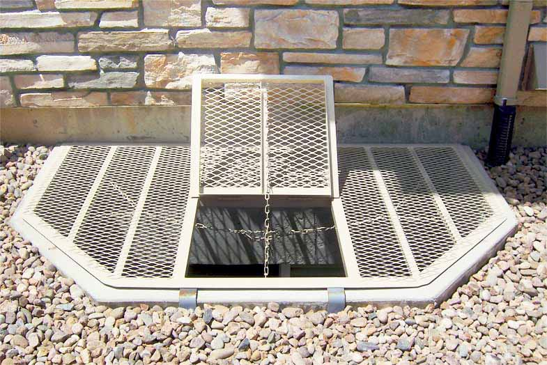 Fiberglass window 8 ultimate metal window well grates for Fiberglass well house
