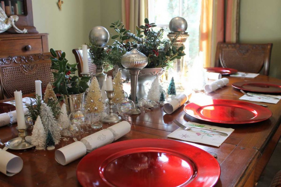 915x610px 9 Fabulous Christmas Dining Table Centerpiece Picture in Furniture