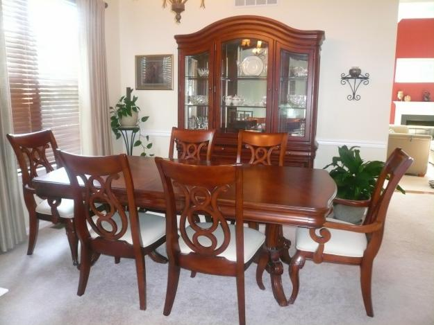 Dining Room 7 Por Raymour And Flanigan Tables Beds Furniture
