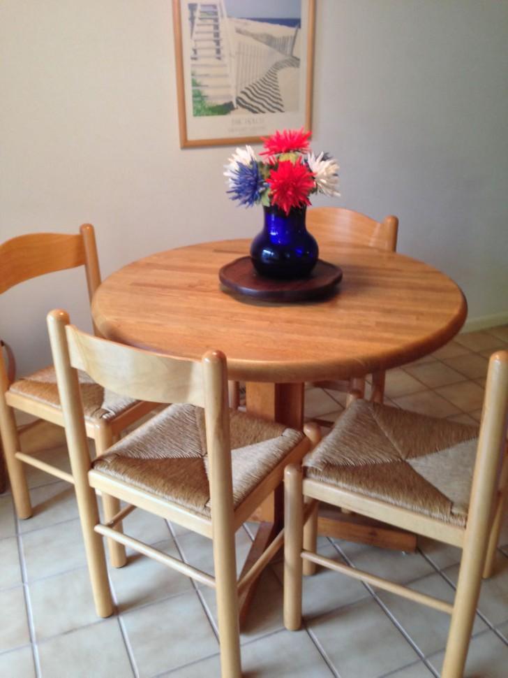 Furniture , 4 Top Butcher Block Dining Table Ikea :  dining table ikea