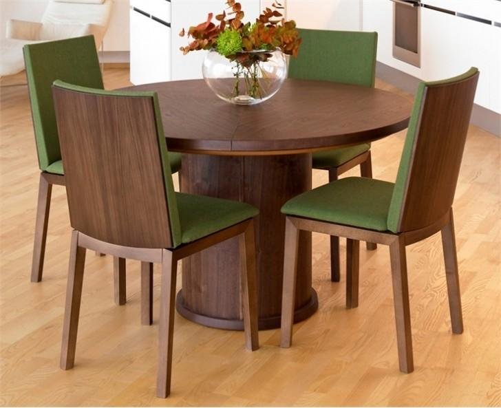Furniture , 7 Fabulous Expandable Round Dining Room Tables : expandable dining table