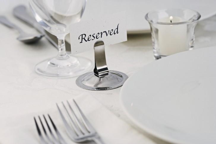 Kitchen , 6 Good Dining Table Etiquette : Dining Etiquette