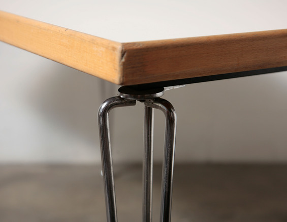 Furniture , 7 Fabulous Formica Dining Tables : Formica Dining Table