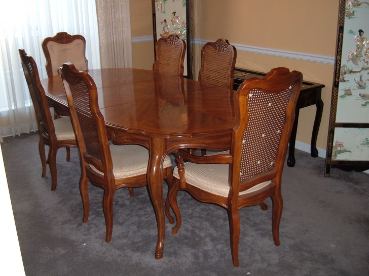 Dining Room , 8 Stunning French Provincial Dining Table And Chairs : Provincial Dining Room