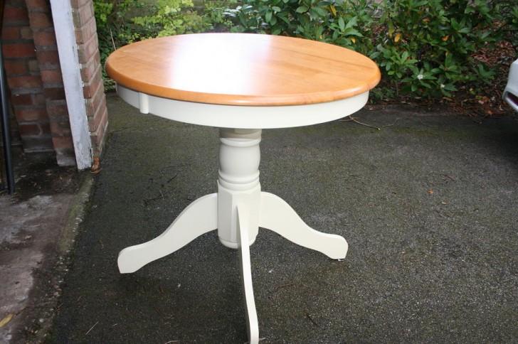 Furniture , 5 Stunning Antique Round Pedestal Dining Table : Round Pedestal Dining Table