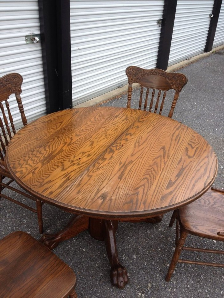 Furniture , 7 Superb Expandable Round Pedestal Dining Table : Table in Reclaimed Wood