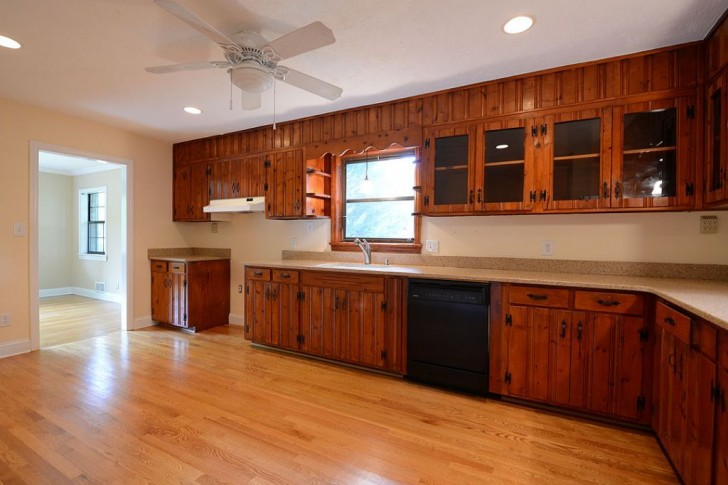 Kitchen , 6 Top Knotty Pine Cabinets : Eden Avenue Kitchen