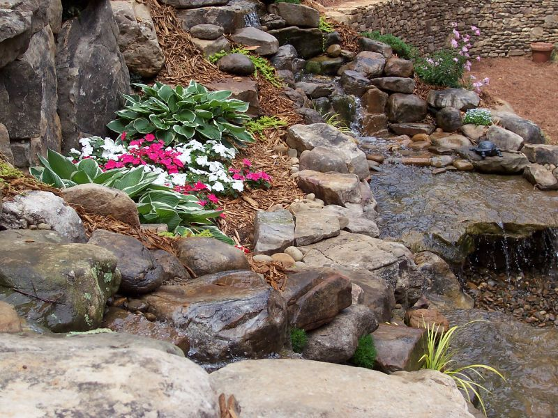 800x600px 5 Charming Pondless Water Feature Picture in Others