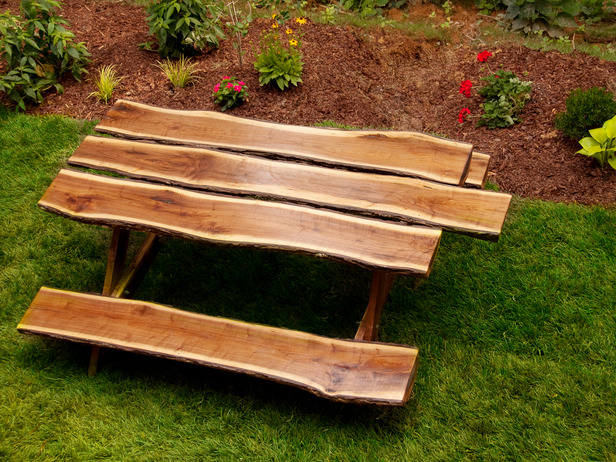 Furniture , 8 Good Rustic Picnic Tables : Rustic Log Picnic Table