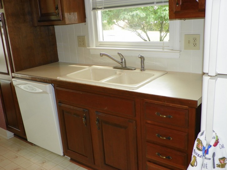 Kitchen , 8 Best Corian Countertop : Stone Countertop Repair Blog
