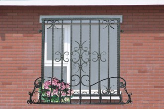 700x525px 7 Cool Wrought Iron Window Guards Picture in Others
