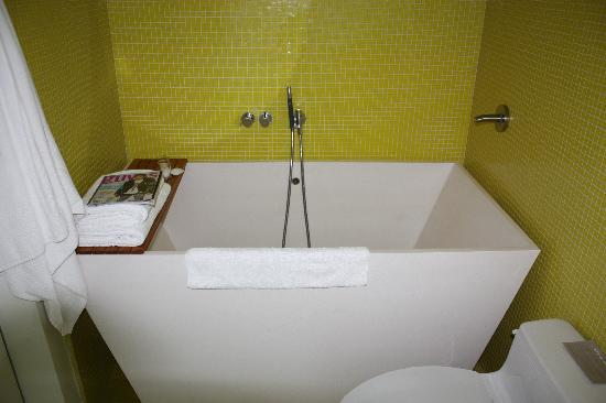 Bathroom , 7 Awesome Japanese Soaking Tub :  Bathroom Ideas
