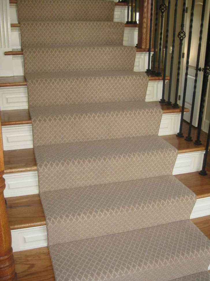Others , 7 Best Carpet Runners For Stairs : custom couristan carpet