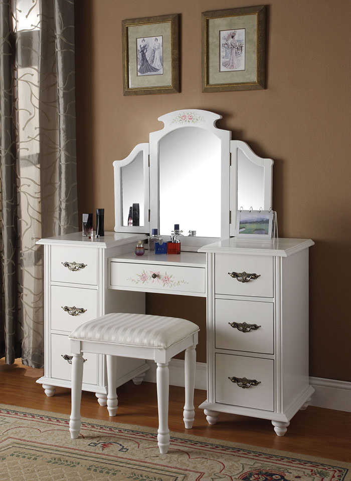 Furniture , 7 Hottest Mirrored Vanity Table : makeup tables