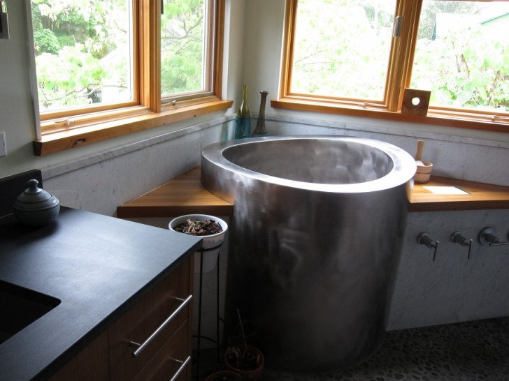 Bathroom , 7 Awesome Japanese Soaking Tub : the Japanese Soaking Tub