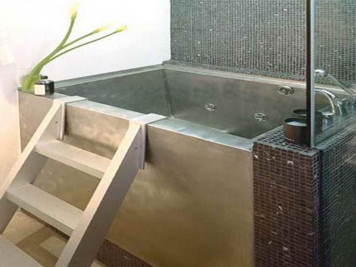 Bathroom , 7 Awesome Japanese Soaking Tub : The Japanese Soaking Tub