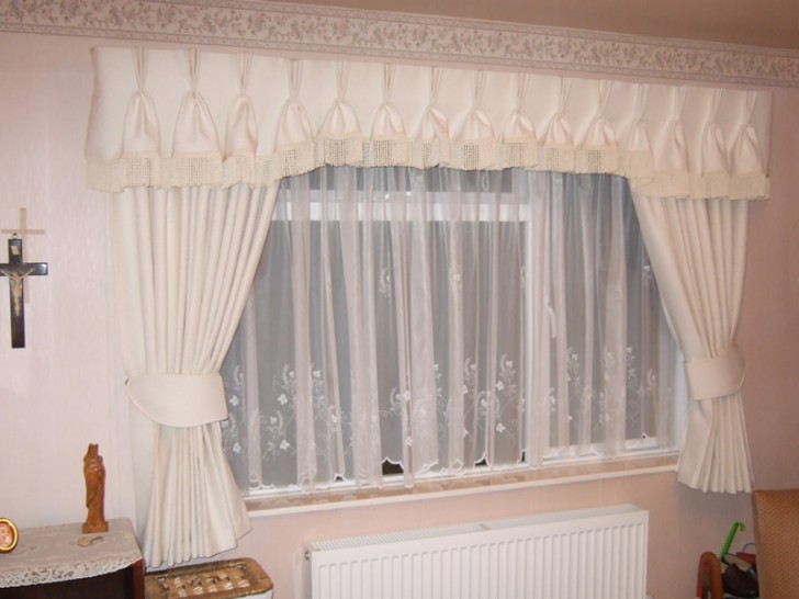 Interior Design , 8 Popular Pleated Valance : valances box pleated