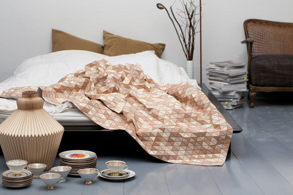 Bedroom , 8 Gorgeous Bedroom Textiles : wooden textile bedroom