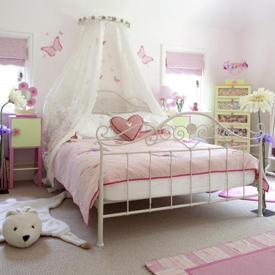 Bedroom , 11 Fabulous Princess Bedrooms For Girls : Pretty princess bedroom