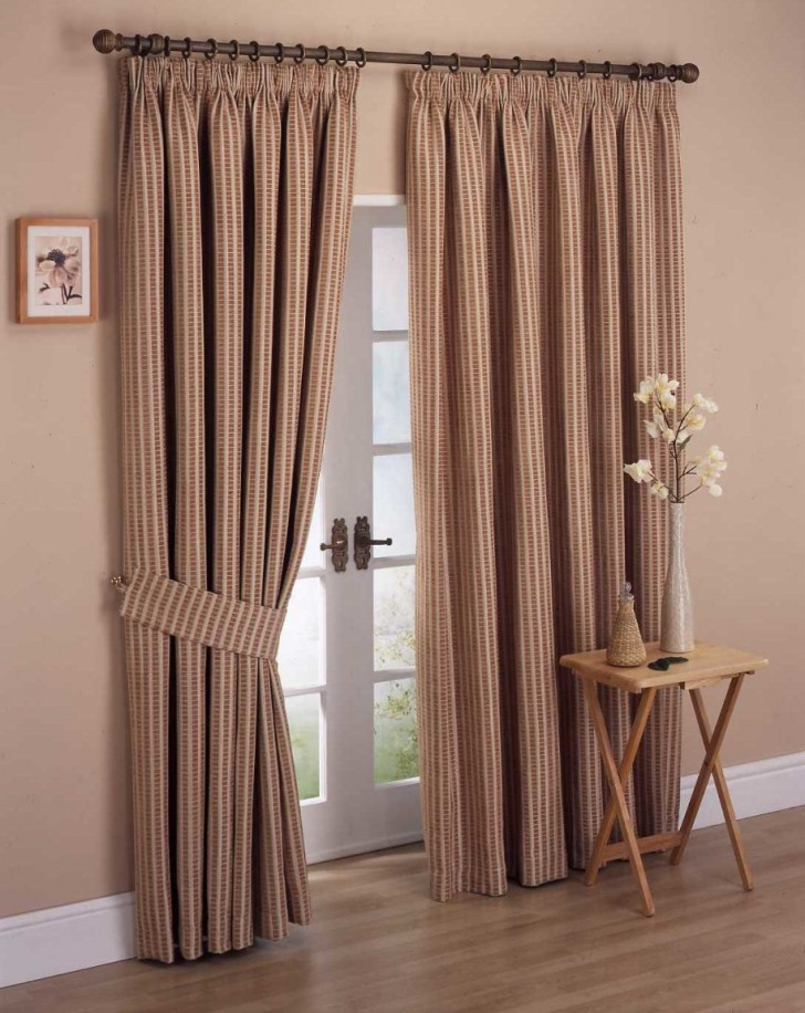 Furniture , 4 Best Bedroom Curtain Designs : Simple Patterned Curtain Designs