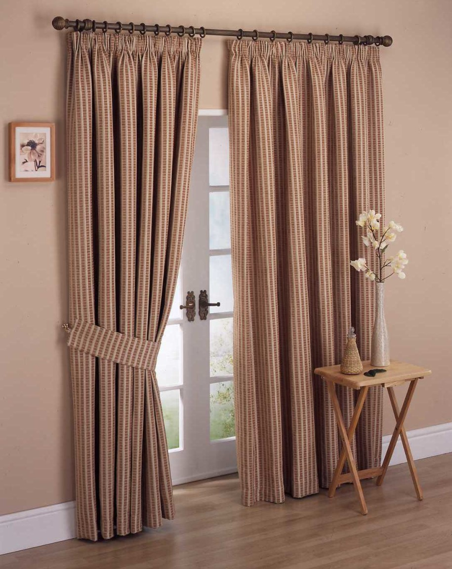 915x1152px 4 Best Bedroom Curtain Designs Picture in Furniture