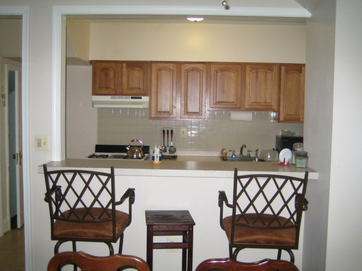 Kitchen , 8 Good Breakfast Bars For Small Kitchens : Small Kitchen Design