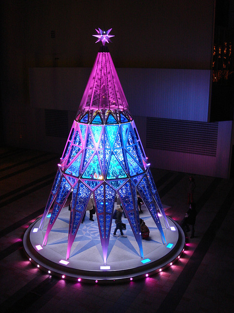 Others , 8 Charming Stylish Christmas Trees : Stylish Christmas Tree in Tokyo