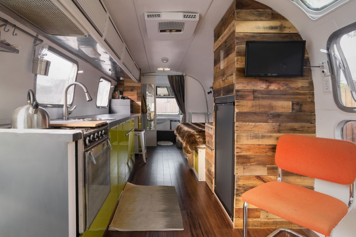 Kitchen , Awesome  Contemporary Small Camper Trailers With Bathroom Picture Ideas : Beautiful  Contemporary Small Camper Trailers with Bathroom Image Inspiration