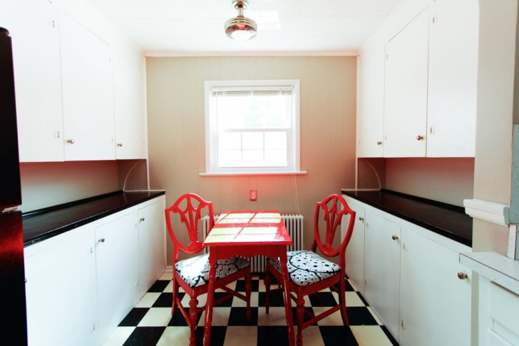 Kitchen , Lovely  Eclectic Red Kitchen Table And Chairs Photo Ideas : Breathtaking  Eclectic Red Kitchen Table and Chairs Image Inspiration