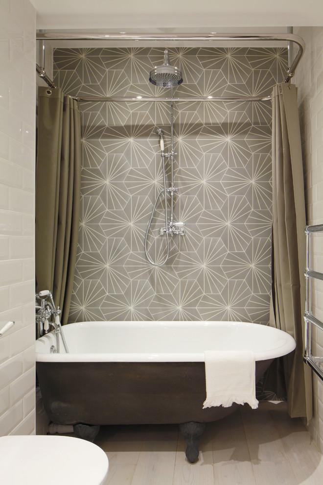 Bathroom , Beautiful  Industrial Small Bathroom Tub Shower Combination Photo Inspirations : Breathtaking  Industrial Small Bathroom Tub Shower Combination Image Inspiration