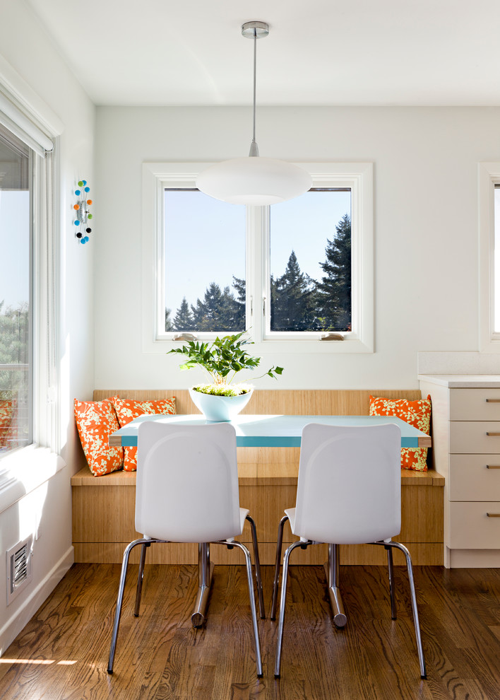 Dining Room , Breathtaking  Contemporary Nook Table And Chairs Inspiration : Charming  Contemporary Nook Table and Chairs Ideas