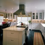 Kitchen , Beautiful  Traditional Ideas For A Country Kitchen Image : Cool  Traditional Ideas for a Country Kitchen Image