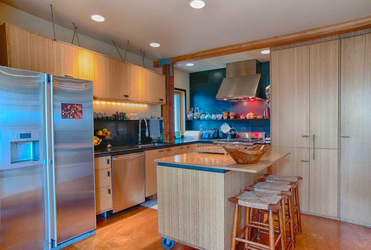 Kitchen , Beautiful  Traditional Kitchen Mobile Islands Photo Ideas : Fabulous  Eclectic Kitchen Mobile Islands Picture Ideas