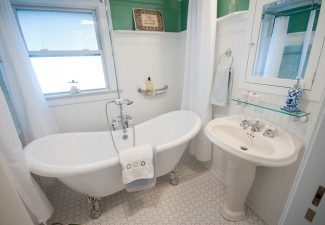 990x658px Cool  Traditional Cost To Remodel A Small Bathroom Ideas Picture in Bathroom