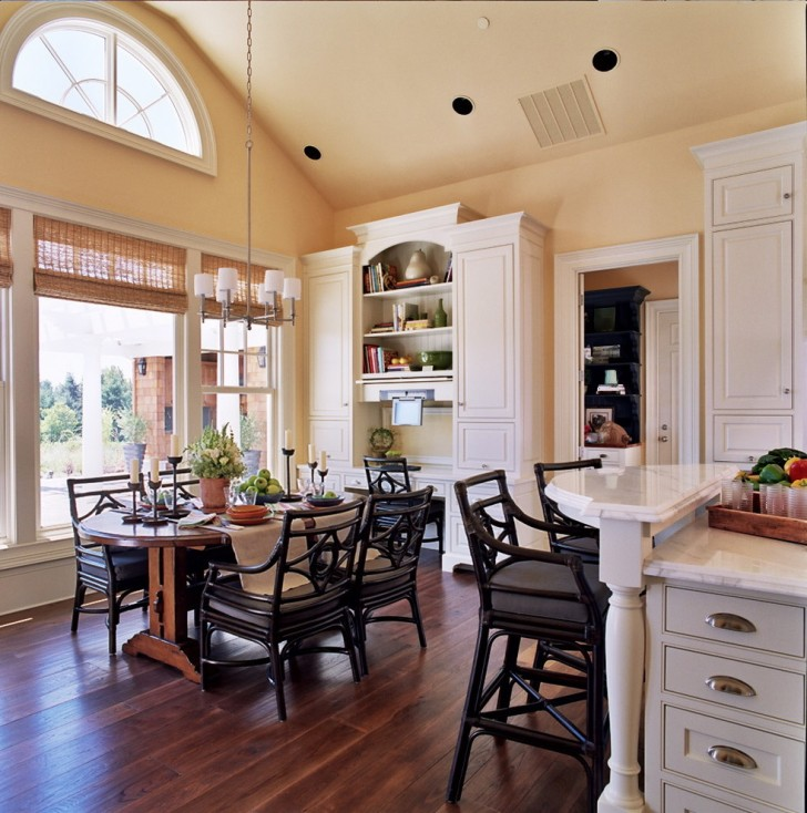 Kitchen , Stunning  Traditional Kitchen Table Chair Sets Picture : Gorgeous  Traditional Kitchen Table Chair Sets Photo Ideas